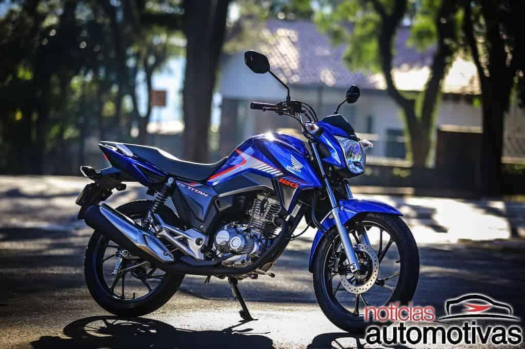 Honda-CG-160-Titan-2018-3 Honda anuncia linha CG 2018 com freios CBS de série e preço inicial de R$ 7.990