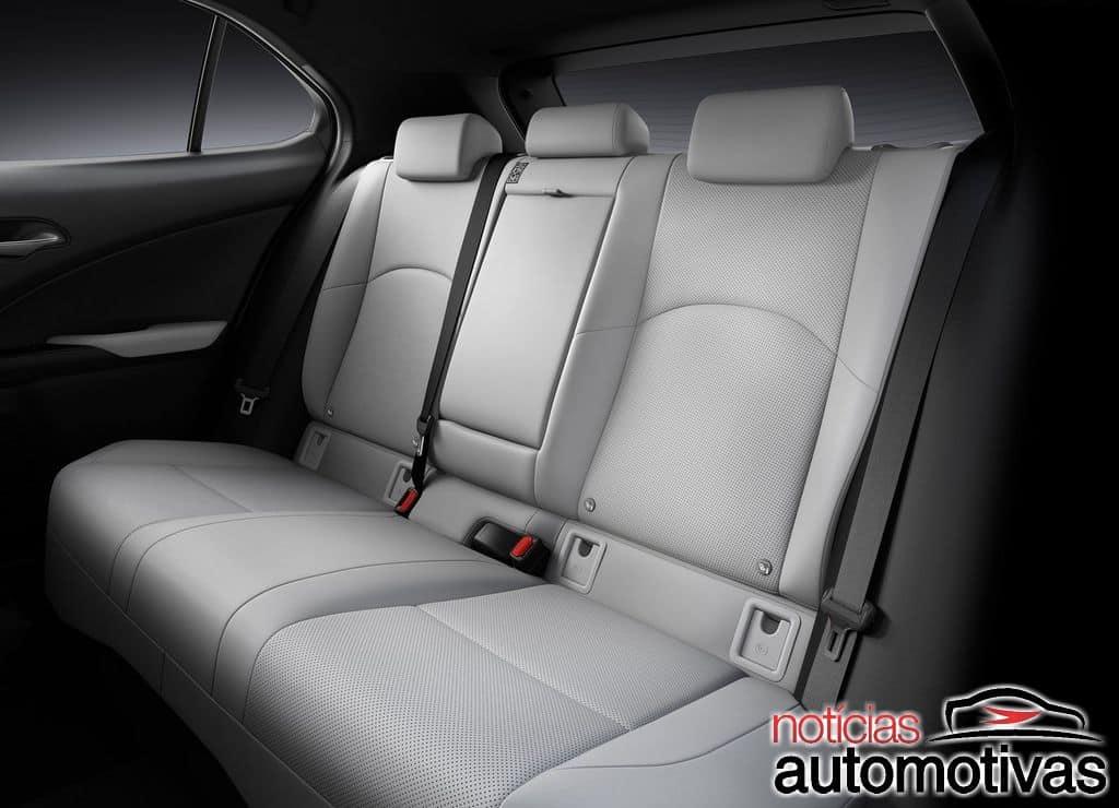 Lexus-UX-2019-32