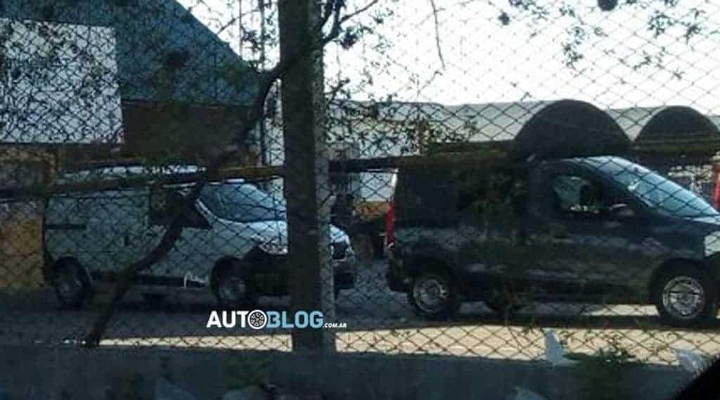 Renault-Kangoo-flagra-fábrica-Argentina-3 Renault: nova geração do Kangoo já está sendo fabricada na Argentina