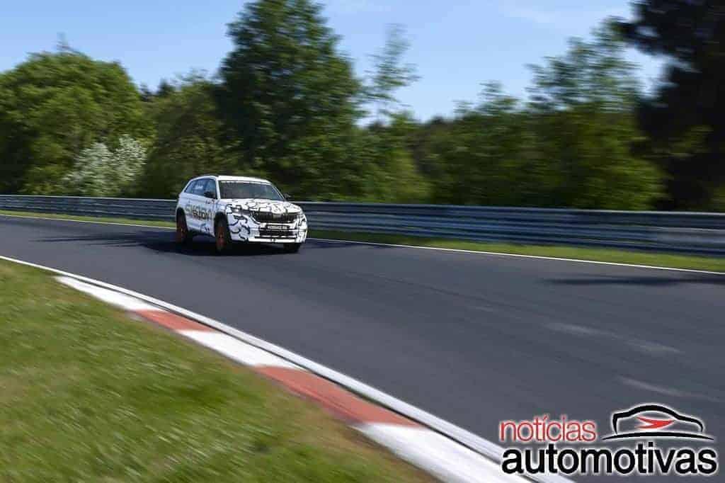 Skoda Kodiaq RS é o SUV de sete lugares mais rápido em Nürburgring