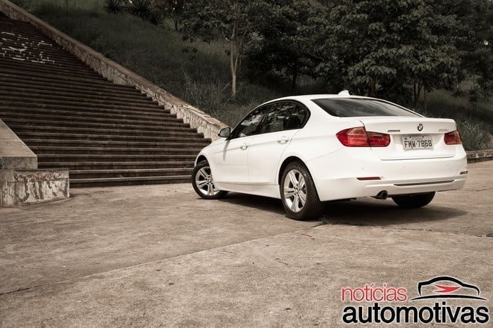 bmw-320i-active-flex-branco-1-700x466 Primeiro turbo flex do mundo, BMW 320i ActiveFlex é conservador