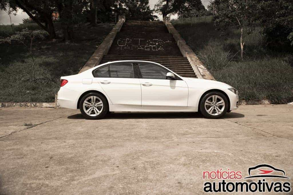bmw-320i-active-flex-branco (12)