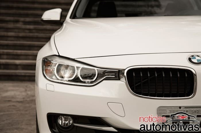 bmw 320i active flex branco 16 700x466 - Primeiro turbo flex do mundo, BMW 320i ActiveFlex é conservador