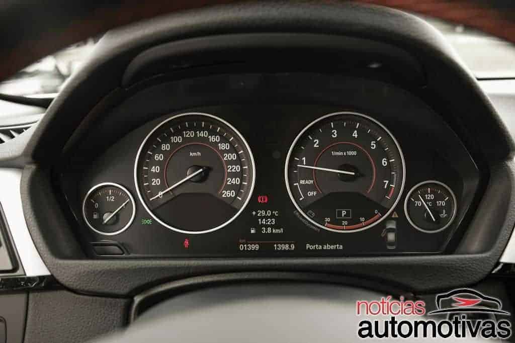 bmw-320i-active-flex-branco (28)