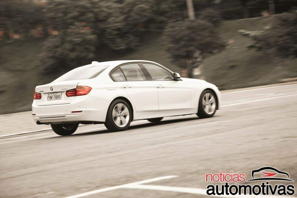 bmw 320i active flex branco 42 - Primeiro turbo flex do mundo, BMW 320i ActiveFlex é conservador