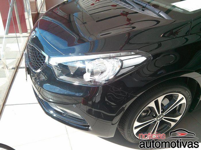 cerato-hatch-ribeirao-3-700x525 Novo Kia Cerato Hatch já está no Brasil