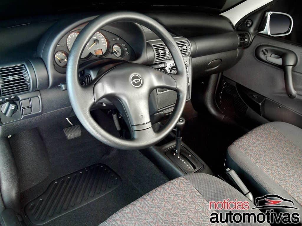 chevrolet-classic-automatico-interior-1024x768