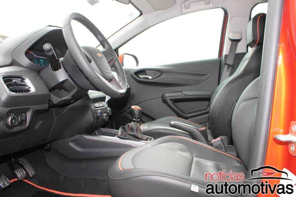 chevrolet-onix-101 Chevrolet Onix: detalhes, impressões e imagens do novo popular da GM (138 fotos)