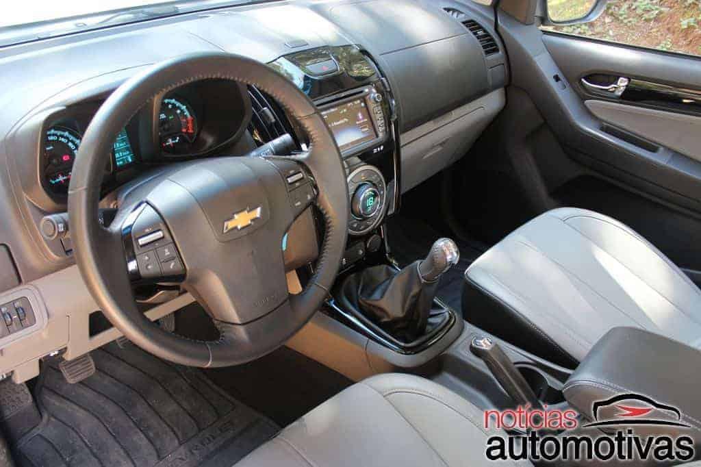 chevrolet-s10-2015-25-flex-NA-31 Chevrolet S10 2015 com novo motor 2.5 Flex melhora em performance e economia, mas continua sem opção de câmbio automático