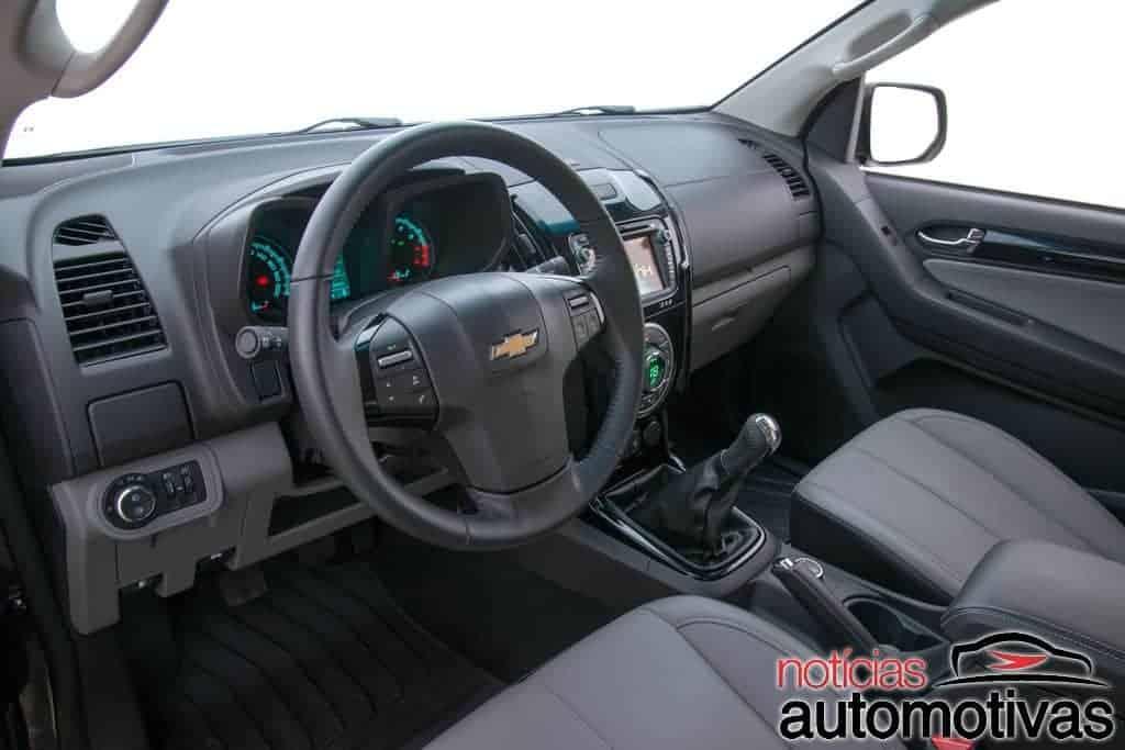 chevrolet-s10-2015-interior-NA-2 Nova Chevrolet S10 2015 ganha motor 2.5 Flex de 206 cv