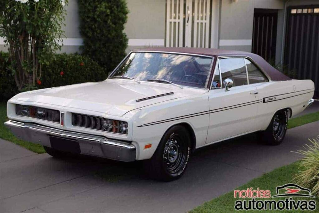 dodge-charger-rt-1977-1024x683