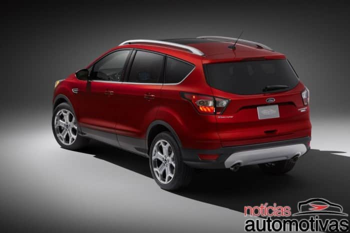escape-2016-2-700x466 Ford Escape 2017 é lançado nos EUA