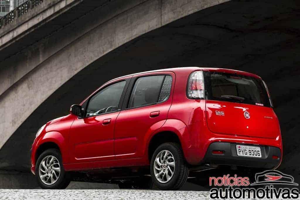 fiat-uno-attractive-sporting-way-NA-9 Fiat Uno 2017 chega com novos motores 1.0 e 1.3, mais segurança e preços a partir de R$ 41.840