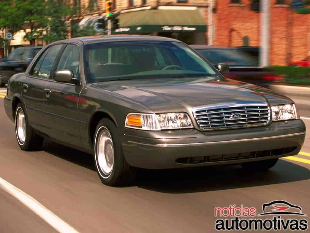 ford-crown-victoria (1)