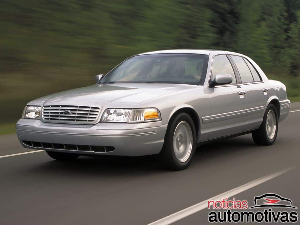 ford-crown-victoria (10)