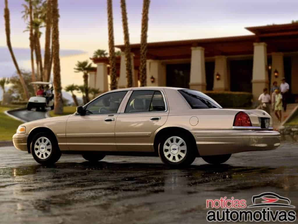 ford-crown-victoria (4)
