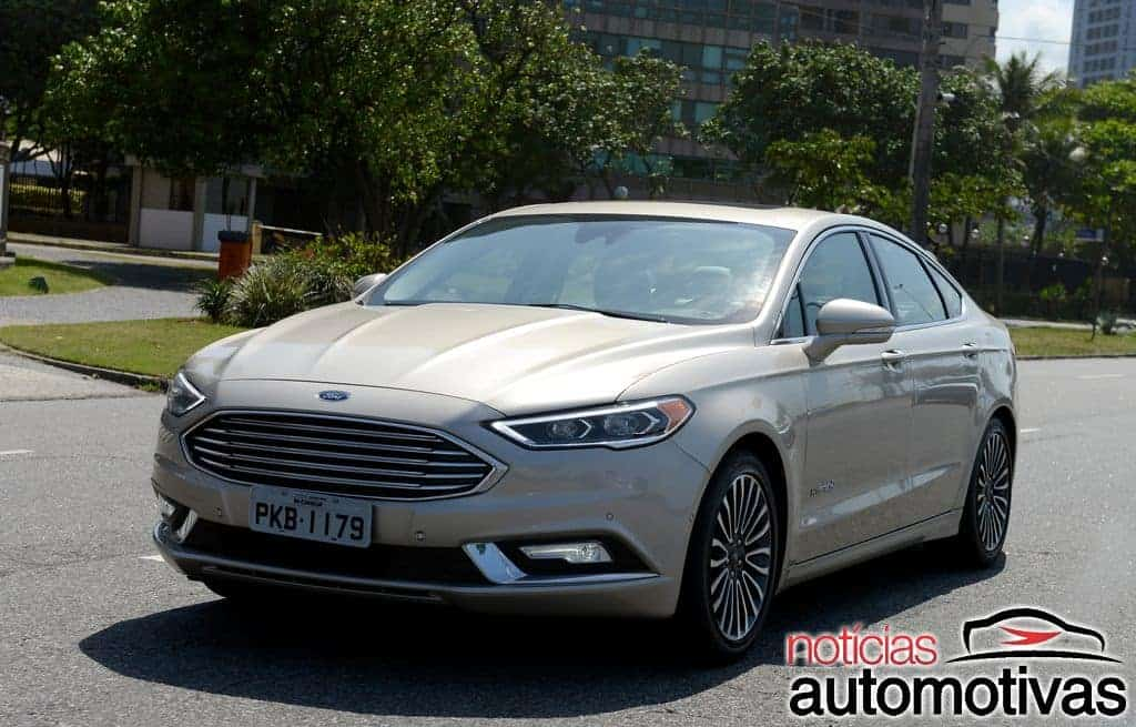 ford-fusion-hybrid-2017-NA-1