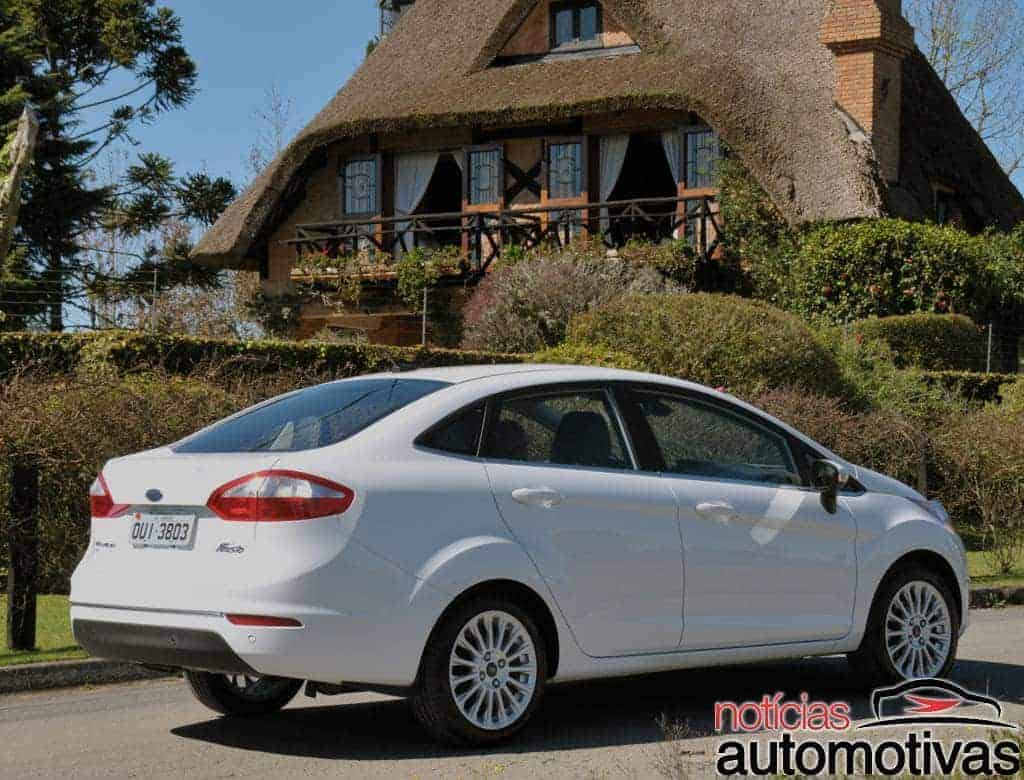 ford new fiesta sedan 2014 2 620x472 New Fiesta Sedan 2014 chega ao