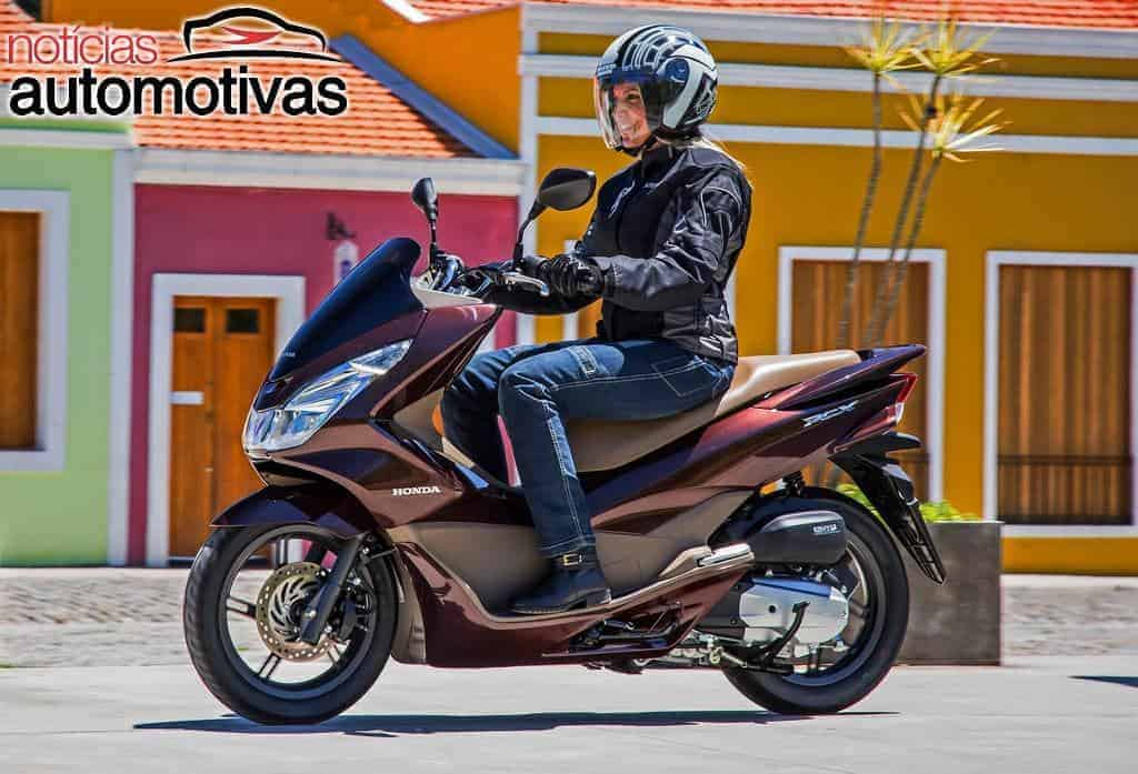 honda pcx 2017 chega com novas cores e pre os mais em conta fazenda vale do ouro. Black Bedroom Furniture Sets. Home Design Ideas