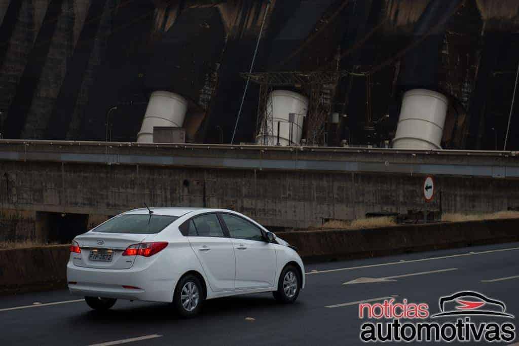 hyundai-hb20s-branco-10 Avaliação NA: Hyundai HB20S