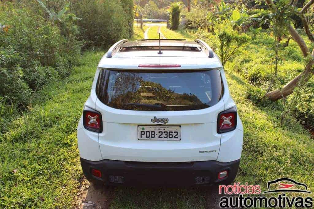 jeep-renegade-sport-flex-avaliação-NA-23 Jeep Renegade Sport 1.8 Flex sofre com baixa potência e consumo alto