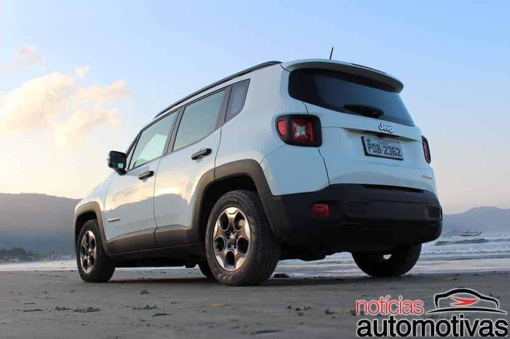 jeep-renegade-sport-flex-avaliação-NA-56 Jeep Renegade Sport 1.8 Flex sofre com baixa potência e consumo alto