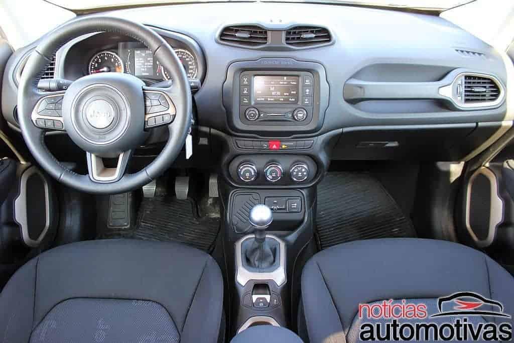 jeep-renegade-sport-flex-avaliação-NA-60 Jeep Renegade Sport 1.8 Flex sofre com baixa potência e consumo alto