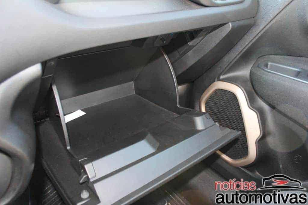 jeep-renegade-sport-flex-avaliação-NA-91 Jeep Renegade Sport 1.8 Flex sofre com baixa potência e consumo alto