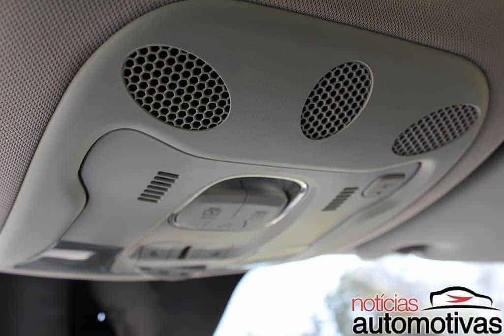 jeep-renegade-sport-flex-avaliação-NA-97 Jeep Renegade Sport 1.8 Flex sofre com baixa potência e consumo alto