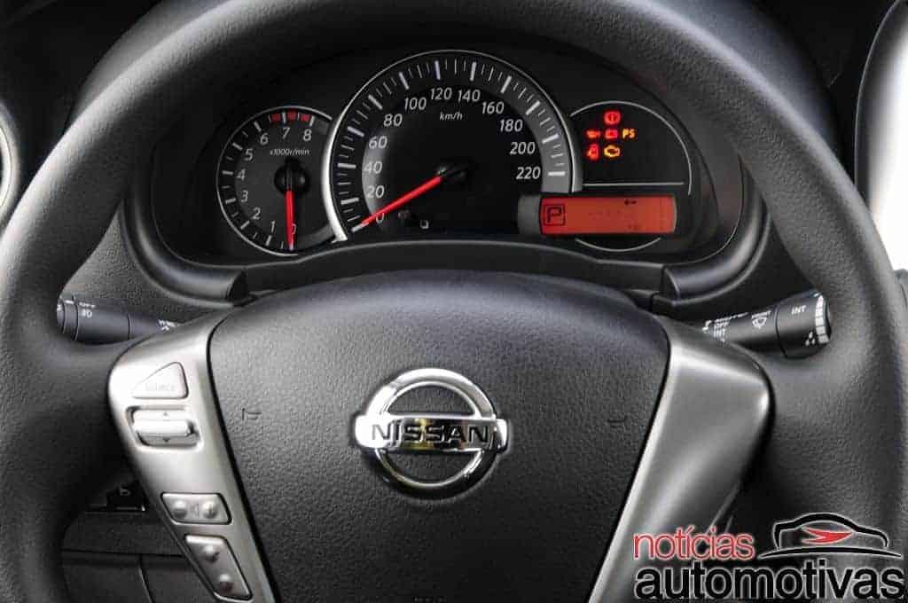 nissan-march-versa-2017-15 Nissan March e Versa 2017 finalmente ganham câmbio CVT - Confira impressões ao dirigir
