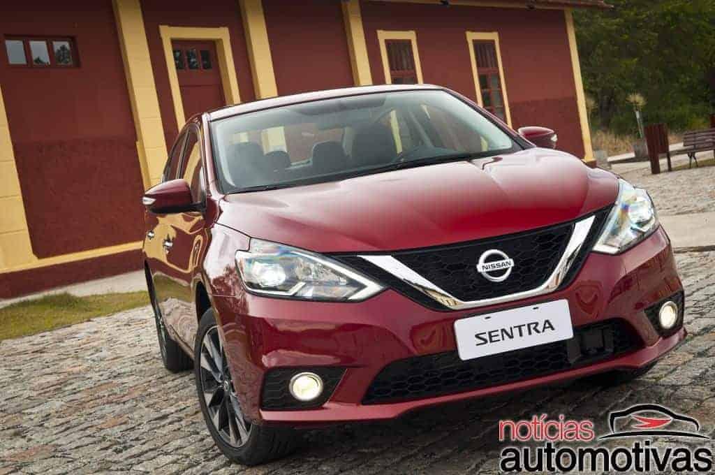 nissan-sentra-2017-impressões-NA-1-700x468 Novo Nissan Sentra 2017 chega a partir de R$ 79.990 - Confira impressões ao dirigir
