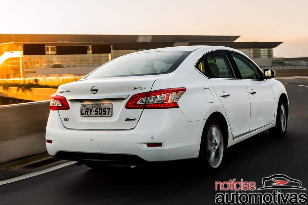 nissan-sentra-unique-2016-NA-12