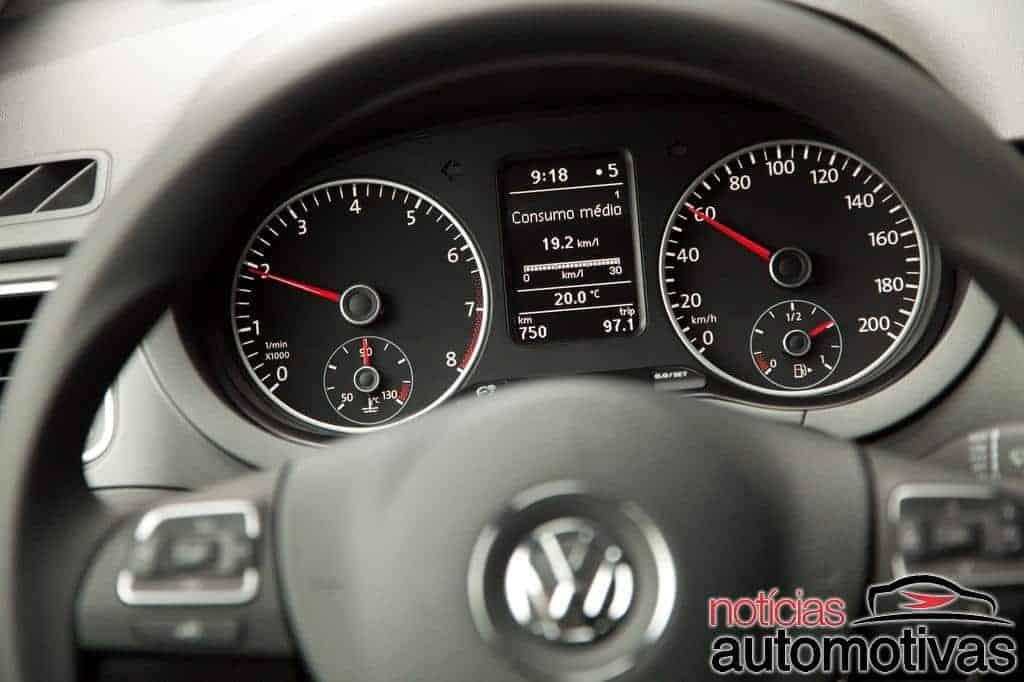 novo-fox-2014-bluemotion-motor-3-cilindros-12 Volkswagen Fox BlueMotion 2014 ganha motor 1.0 de três cilindros no Brasil