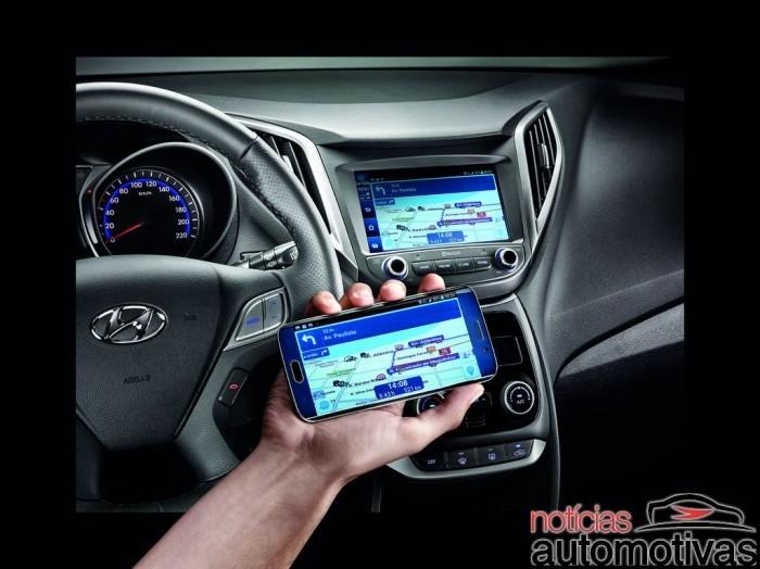 novo-hb20x-2016-interior-NA-22-700x524 Novo Hyundai HB20X 2016 chega com visual novo e preços a partir de R$ 55.395