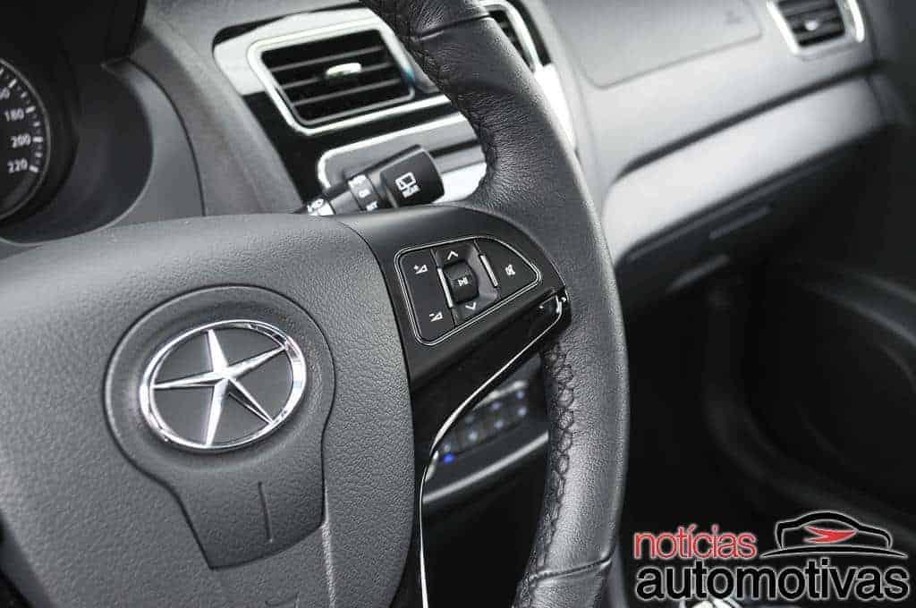 novo-jac-j3-2014-201 JAC J3 reestilizado: a gente não quer só airbag, a gente quer airbag, diversão e arte
