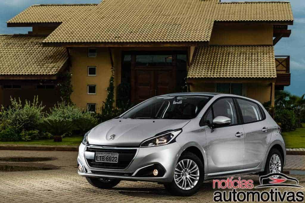 novo-peugeot-208-2017-NA-16 Peugeot 208 2017: Impressões ao dirigir as versões Allure 1.2 e GT 1.6 THP
