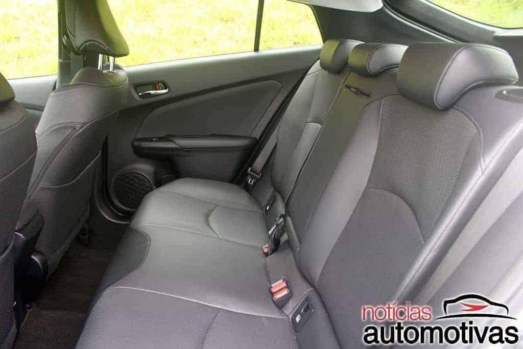 novo-toyota-prius-avaliação-NA-12 Avaliação: Novo Toyota Prius amplia eficiência com visual chamativo