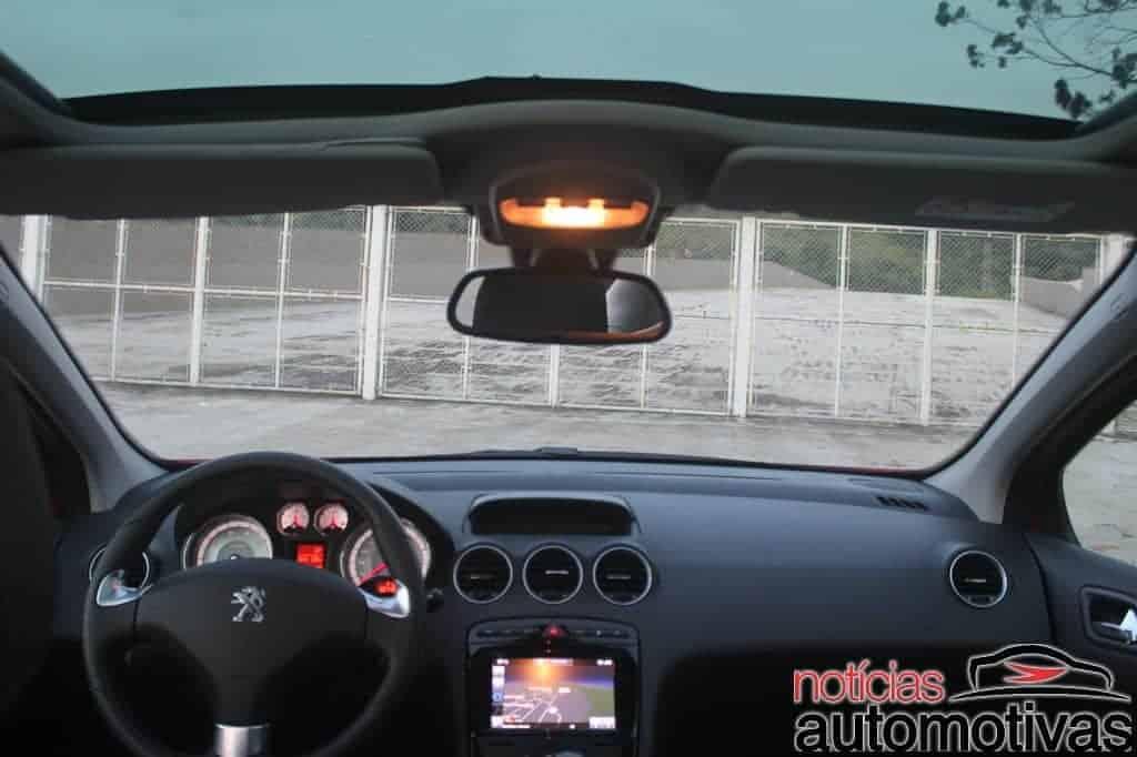 peugeot-308-thp-avaliação-NA-21 Avaliação: Peugeot 308 THP tem boa performance, mas peso da idade incomoda