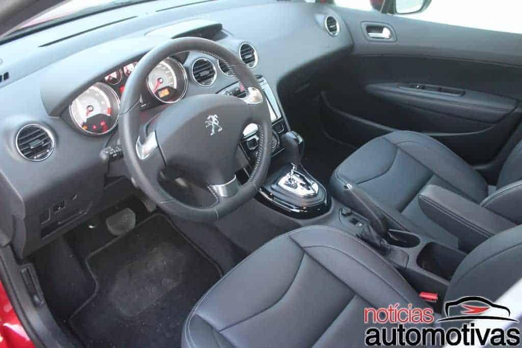 peugeot-308-thp-avaliação-NA-9 Avaliação: Peugeot 308 THP tem boa performance, mas peso da idade incomoda