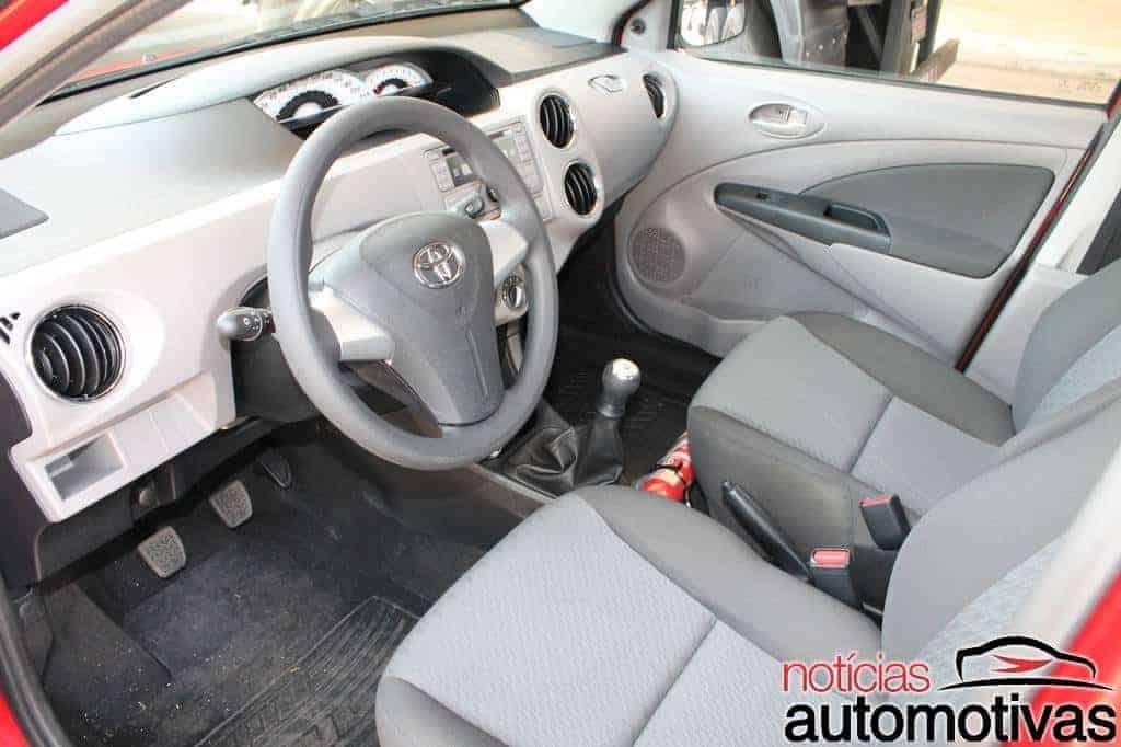 toyota-etios-test-drive-57 Toyota Etios: Impressões gerais e ao dirigir (83 fotos)