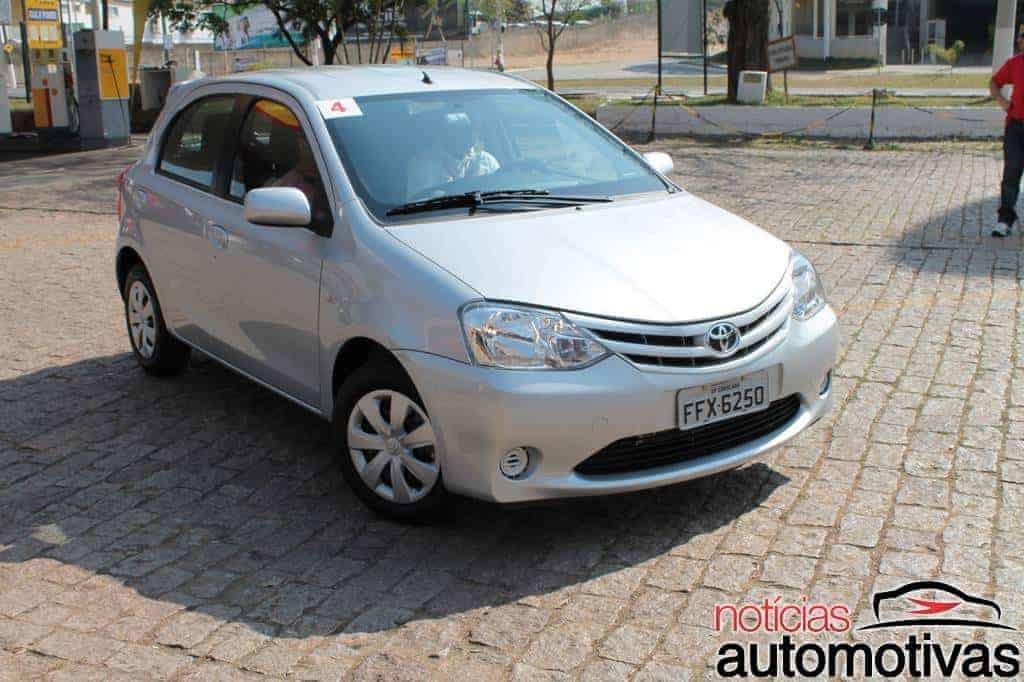 toyota-etios-test-drive-7 Toyota Etios: Impressões gerais e ao dirigir (83 fotos)