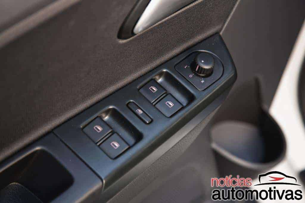 volkswagen-fox-bluemotion-2014-fotos (23)