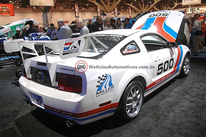 ford-racing-mustang-fr500s