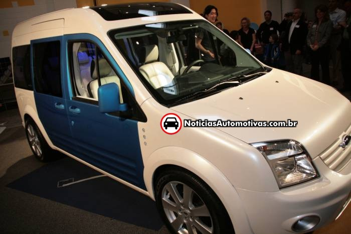 ford-transit-connect-family-one-concept-um-novo-transporte-para-a-familia-1 Ford Transit Connect Family One Concept: Um novo transporte para a família